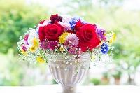 花瓶の花 バラとマーガレット