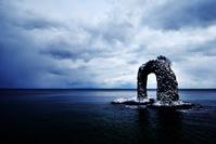 観測史上最強寒波が襲来した鍋釣岩
