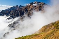 長野県 北アルプス 八方尾根より五竜岳と鹿島槍ヶ岳