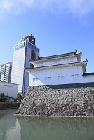 静岡県 駿府城公園の巽櫓と静岡県庁