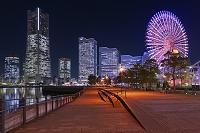 神奈川県 横浜 みなとみらい 夕景