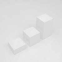 白いブロック
