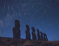 チリ 七体のモアイと南の空