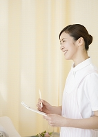 笑顔の看護師
