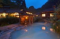 秋田県 初秋の鶴の湯温泉