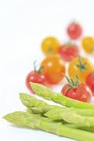 グリーンアスパラとプチトマト
