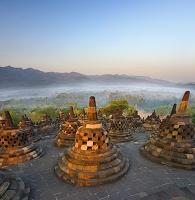 インドネシア ジャワ ボロブドゥル寺院遺跡群