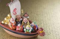 宝船と七福神の置物