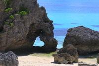 沖縄県 池間島のハート岩