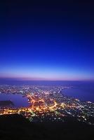北海道 函館山より函館市街地の朝