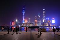外灘から上海のビル群の夜景