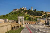 イタリア アンコーナ トラヤヌスの凱旋門