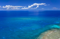 沖縄県 夏の与那国島 与那国ブルー 六畳ビーチ周辺