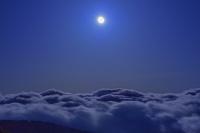 栃木県 那須岳より雲海と月