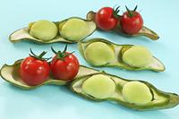 ミニトマトと空豆