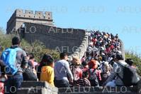 「国慶節」の大型連休 各地で大混雑