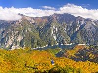 富山県 立山 大観峰より黒部湖と後立山連峰