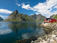 ノルウェー ロフォーテン諸島 水辺