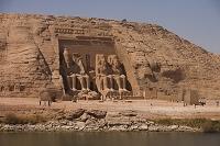 エジプト アブ・シンベル神殿