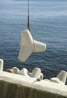 堤防 波消ブロックの設置
