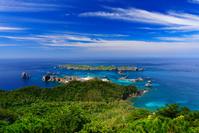 東京都 小笠原 父島 高山から眺める南島