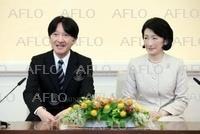 秋篠宮ご夫妻、海外訪問を前に記者会見