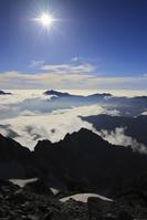 北アルプス剱岳より望む鹿島槍ヶ岳と爺ヶ岳