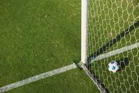 サッカーボールとサッカーゴール