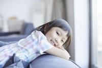 笑顔の日本人の女の子