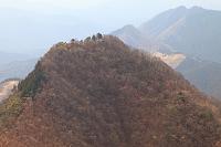 奈良県 曽爾村 三重県 津市 倶留尊山頂上より二本ボソ