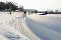 青森県 八甲田山 雪壁