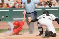 野球 スライディング セーフ