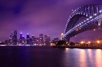 オーストラリア シドニー ハーバーブリッジと摩天楼