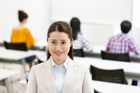 学習塾講師の日本人女性