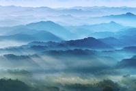 千葉県 鹿野山九十九谷展望台より 朝