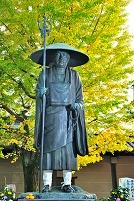 京都府 東寺の修行大師像