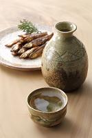 日本酒とワカサギの甘露煮