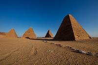 スーダン ピラミッド