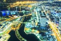 神奈川県 横浜ランドマークタワーより望むみなとみらいと横浜市...