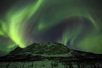 アメリカ合衆国 北極圏 Mt.ボーリアルに舞うオーロラ