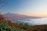 北海道 日暮山から眺める紅葉の駒ケ岳