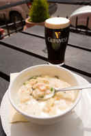 北アイルランド ギネスビールとフィッシュチャウダー