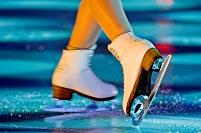 フィギュアスケーターの足元