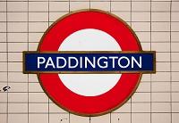ロンドン パディントン駅の駅名標