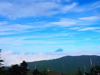 南アルプス 千枚岳から富士山と雲