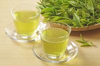 冷茶と茶葉