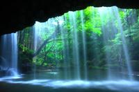 熊本県 小国町 初夏の鍋ヶ滝