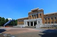 東京都 上野公園 国立科学博物館とシロナガスクジラの模型