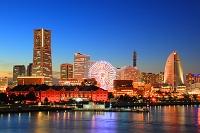 神奈川県 横浜 みなとみらい  ビル群 夜景
