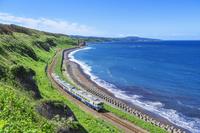 青森県 五能線と日本海